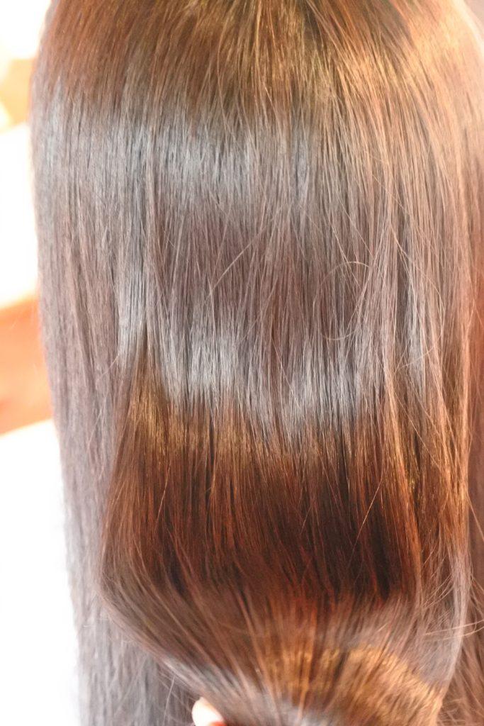 髪が傷んでやつれて見える方のカラー方法