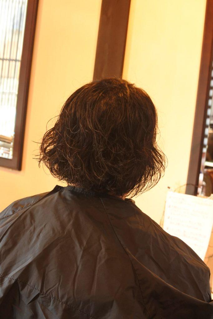 くせ毛カットがうまいサロンでもブローをしてくださいと言われたくせ毛をなんとかする方法とは!?